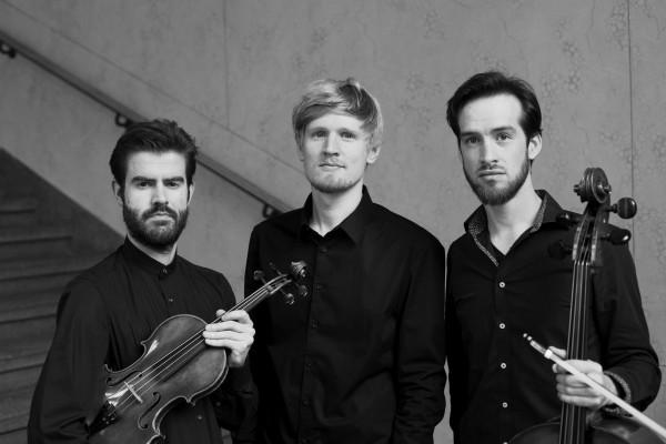 Trio Adorno_(c)Daniel Delang_1904_sw