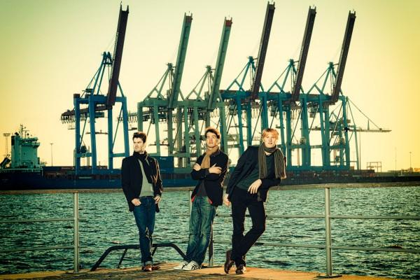 trio_20111015_3842-370-371-372